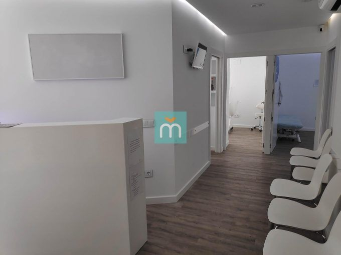 100 m2 oficina clinica yainmo Jaén